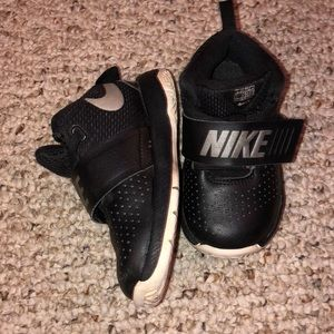 Nike great condition sneakers